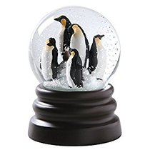 Musical Snow Globe Penguins